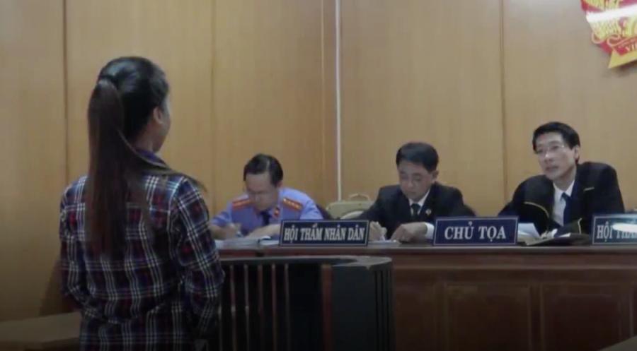 Vụ cô gái ở Sài Gòn bị tăng án vì đâm chết kẻ sàm sỡ: Tự vệ như thế nào để không vi phạm pháp luật? - Ảnh 1.
