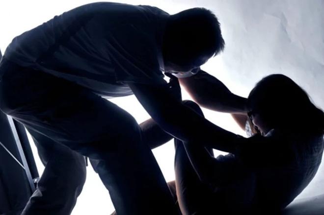 Vụ cô gái ở Sài Gòn bị tăng án vì đâm chết kẻ sàm sỡ: Tự vệ như thế nào để không vi phạm pháp luật? - Ảnh 4.
