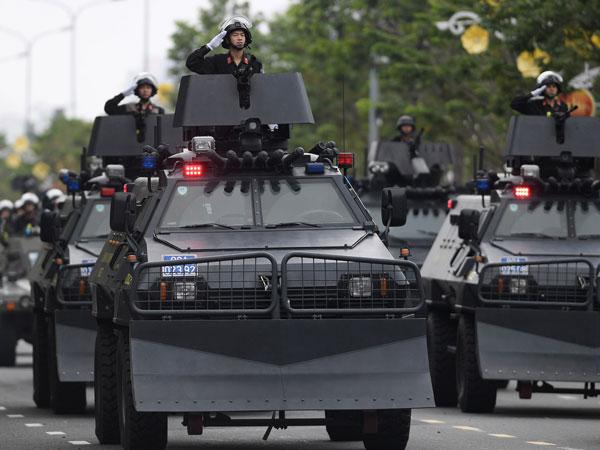 Dàn xe đặc chủng tập luyện bảo vệ APEC