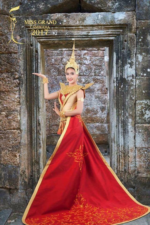 Huyền My giành vị trí vedette trên sân khấu đêm chung kết Hoa hậu Hòa bình 2017 - Ảnh 4.