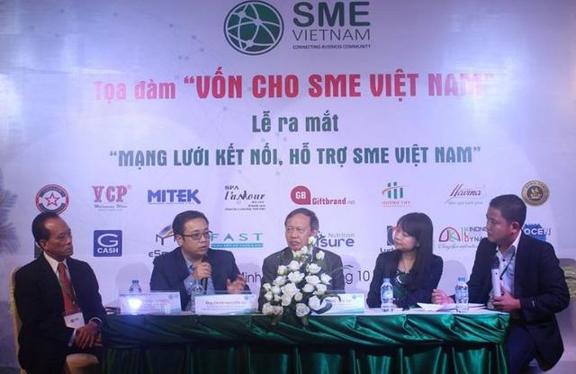 Theo các chuyên gia, ngân hàng cần thay đổi nhưng SME cũng cần thay đổi