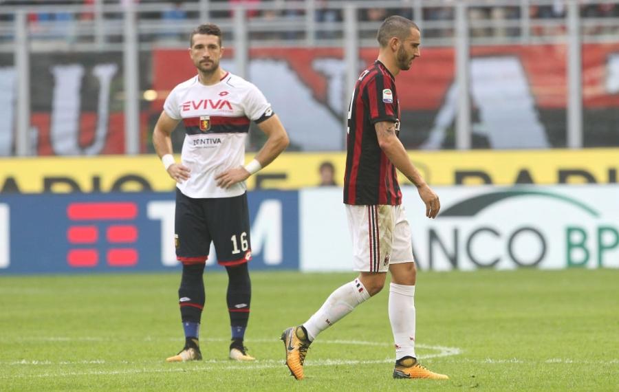 Danh nguoi chay mau dau, tham hoa Bonucci khien fan Milan buc xuc hinh anh 7