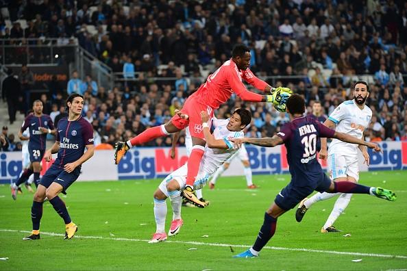 Neymar nhan the do, Cavani toa sang giup PSG cam hoa Marseille hinh anh 2
