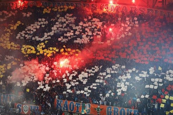 Neymar nhan the do, Cavani toa sang giup PSG cam hoa Marseille hinh anh 4