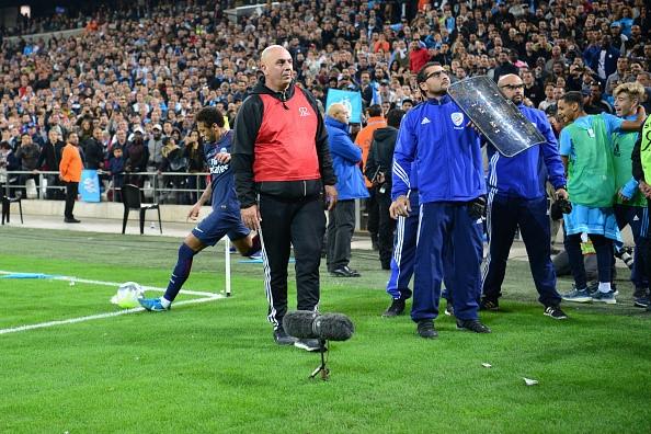 Neymar nhan the do, Cavani toa sang giup PSG cam hoa Marseille hinh anh 7