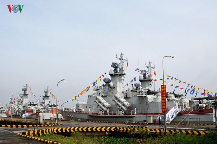 Đây sẽ là một khoảng trống của ngành đóng tàu quân sự Việt Nam khi dự án Molniya đã hoàn thành, Gepard 3.9 Nga lại đóng rất chậm, trong khi nhu cầu đối với chiến hạm cỡ 2.000 tấn đang được đánh giá là rất cấp thiết. Hơn nữa là dự án SIGMA 9814 cũng đang trong trạng thái