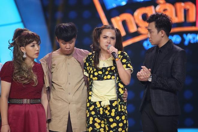 Việt Hương bật khóc trước phần trình diễn xúc động của thí sinh Bước nhảy ngàn cân - Ảnh 10.